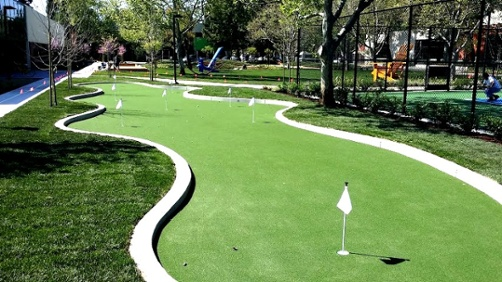 Improve your short game with an Artificial Grass Putting Green